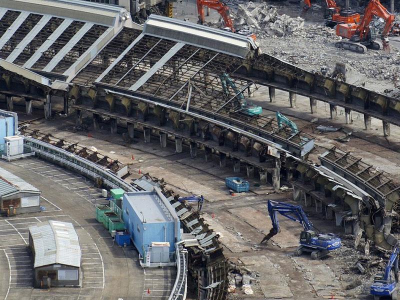 築地市場(28)水産物部仲卸売場棟解体工事